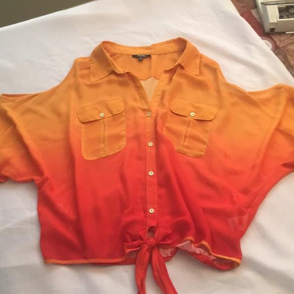 XOXO Tops - 🔥XOXO sheer open shoulder blouse